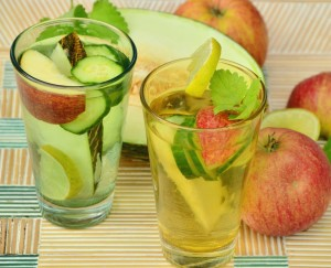 drink-fruit-water-detox-detox-water-162915