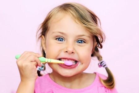 Jak dbać o zęby naszych dzieci?