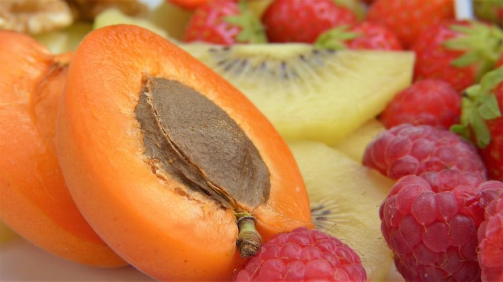 apricot-2482394_1280