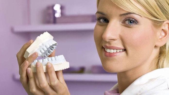Jakie implanty zębowe wybrać