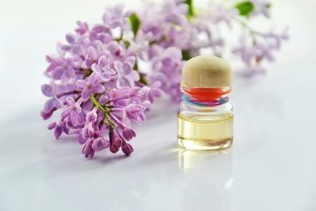 olejek z drzewa herbacianego - jakie ma działanie?