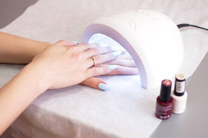 Lampa do domowego manicure